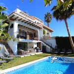 View of Villa Hermosa swimming pool