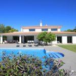Villa Monaco Sitges pool and gardens