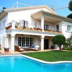 Villa Sofia Sitges gardens and swimming pool