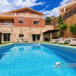 Villa Magnolia pool and gardens